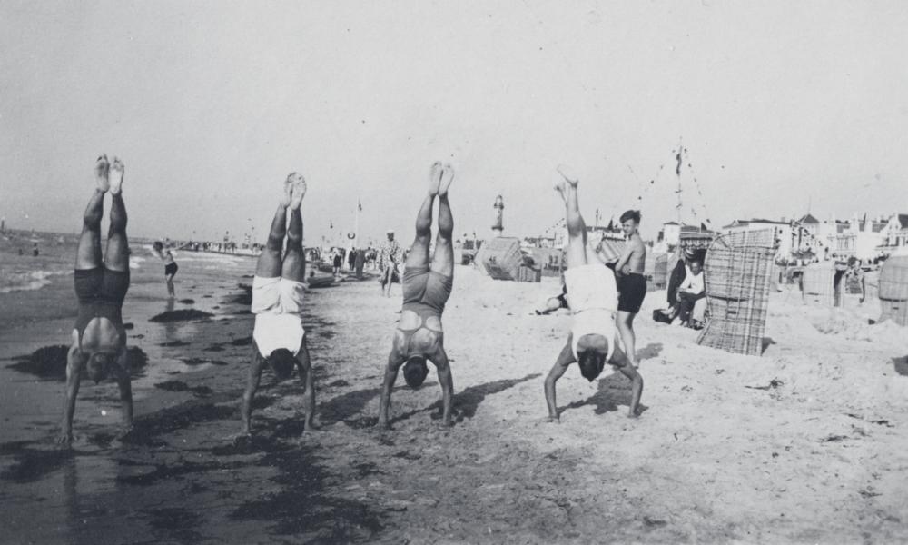 Männer Turnverein Warnemünde von 1887 am Strand