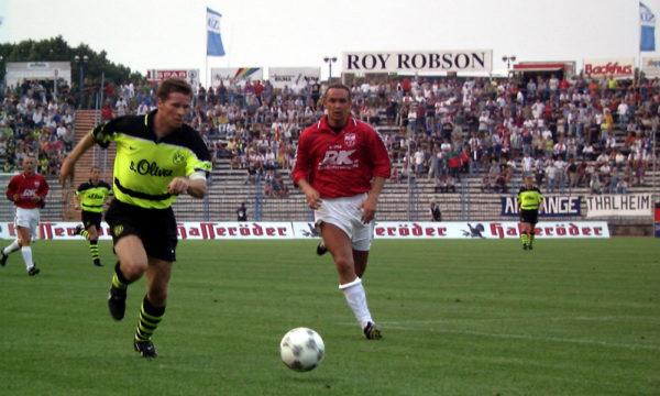 DFB-Pokal 1997/98: SV Warnemünde gegen Borussia Dortmund. Foto: Wolfgang Groß